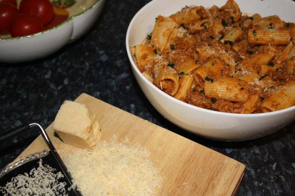 creamy tomato rigatoni pasta